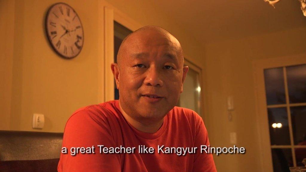 Jigme Khyentse Rinpoche sobre 54 Gandhi Road